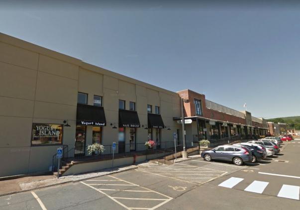 45 South Main Street, Farmington, CT 06085