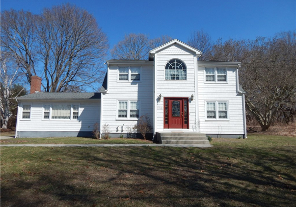 250 Middlesex Avenue, Old Saybrook, CT 06475