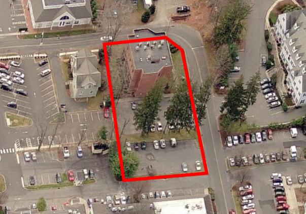 12 Godfrey Place, Garden Level Unit, Wilton, CT 06897