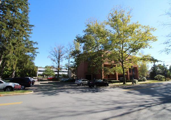 12 Godfrey Place, Third Floor Unit, Wilton, CT 06897