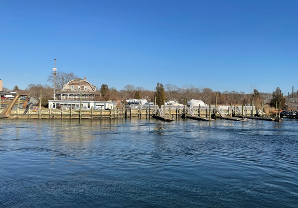 12 River Street, Waterford, CT 06385