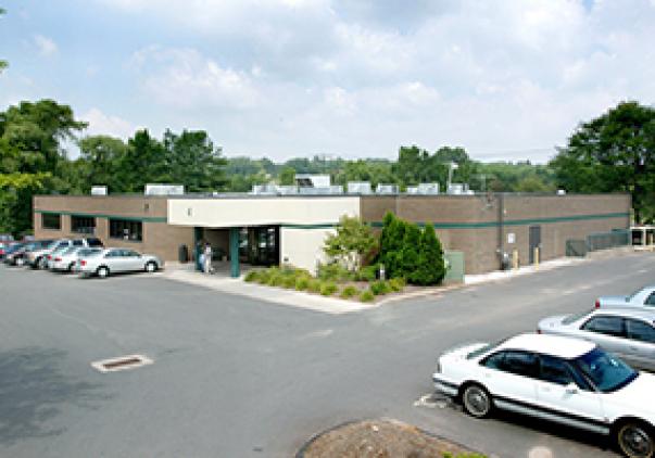 4 Northwestern Drive, Bloomfield, CT 06002