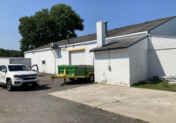 34 Industrial Park Road, East Lyme, CT 06357