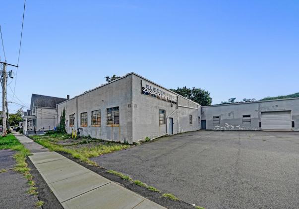 110 Webb Street, Hamden, CT 06517