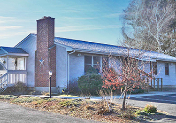 18 Shaker Road, Enfield, CT 06082