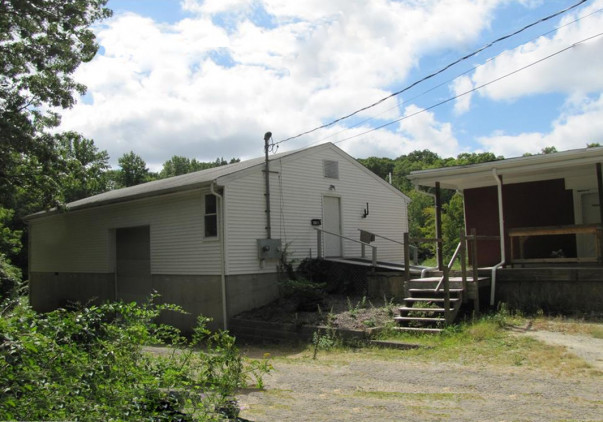 497 Winthrop Road, Deep River, CT 06417