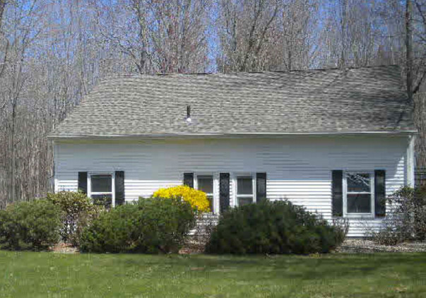 22 Professional Park Road, Mansfield, CT 06268