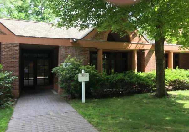 40 Connecticut Avenue, Norwich, CT 06360
