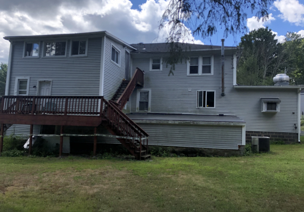 11 Old Colchester Road, Waterford, CT 06375